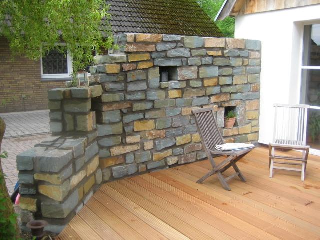 Natursteinmauer (gemauert)